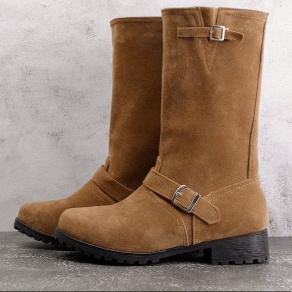 NWOT‼️Mid-calf Riding Boots